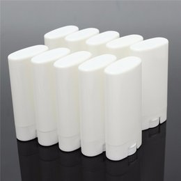 Wholesale Deodorant Containers - 1000pcs 15g Plastic Empty DIY Oval Lip Balm Tubes Portable Deodorant Containers Clear White Lipstick Fashion Cool Lip Tubes