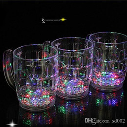 Wholesale Novelty Beer Glasses - Luminous Beer Cup Colorful LED Light Creative Water Sensing Mug High Capacity Wine Glass Novelty Gift Bar Supplies 6 9jc F