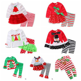 Wholesale Kids Santa Claus Pajamas - 7 Designs Christmas Outfits Baby Girls Christmas Pajamas Kids Sleepwear Girls Nightwear Xmas Santa Claus Pajamas 2pcs set CCA7053 50set