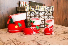 Wholesale child cartoon boot - Christmas decorations Christmas children small gift red boots shaped candy box Holiday party supplies 3 size can choose