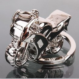 Wholesale Model Motorbikes - 3D Simulation Model Motorcycle Motorbike Keychains Creation Alloy Helment Keyring Trinket Key Holder Gifts