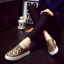 Wholesale Casual Leopard Shoes Woman - Europen New style comfortable leopard print Women Slip On Casual Flats Shoes platform shoes Woman Loafer Shoes Size 36-40