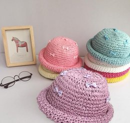 Wholesale Baby Boy Brim Hats - Cute Baby Bowknot Straw Hat Caps Summer Candy Bow Curled Brim Hats For Infant Kids Children Sun Hat Foldable Cap