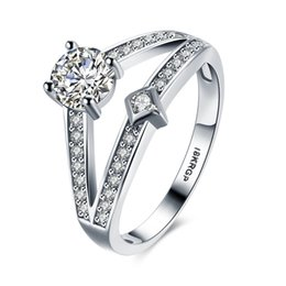 Wholesale Round Brilliant Ring - The Unique Women's Fashionable Surround White Round Diamond Wedding Platinum CZ Rings Brilliant Charming Modern Refined Ring Bridal Ring