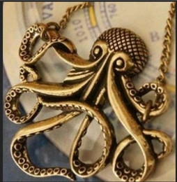 Wholesale Caribbean Fashions - Wholesale Jewelry Lots Fashion New Pirates of the Caribbean classic Octopus Retro Pendant Necklace free shipping LR121
