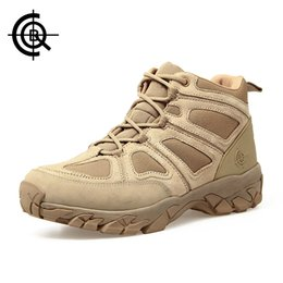 2019 scarpe da caccia Cqb Outdoor Scarpe da trekking Walking Men Scarpe da arrampicata Sport Boots Caccia Mountain Shoes Antiscivolo Stivali da caccia traspiranti Sl 005B 3 scarpe da caccia economici