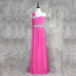 um vestido de cristal da fita do ombro Desconto Um Ombro Frisada Cristal Longo Chiffon Vestidos de Dama de Honra Fuchsia Plissada Vestidos de Dama De Honra Com Fita Foto Real