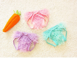 Wholesale Newborn Ruffled Diaper Cover - PrettyBaby Newborn lace ruffle diaper cover Baby diaper cover Shower gift Reusable Diapers Training Panties high quality 3 colors
