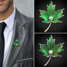 Wholesale Leaf Decor - U7 Jewelry Vintage Brooch Maple Leaf Shape Synthetic Pearl Green Color Maple Leaf Decor Pin Jewelry For Women Men B2729