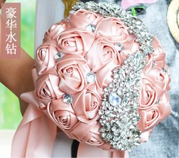 Wholesale One Earth - Crystal Brooch Beaded Bridal Bouquet For Wedding Suppliers High Quality Bridesmaid Wedding Bouquet Satin Rose Flowers Handmade Top One