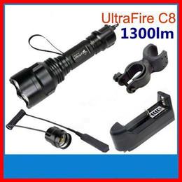 2019 interruttore ultrafire UltraFire C8 CREE T6 Torcia a LED 1-Modalità 1300 Lumen Torch + Pressostato a distanza + Clip + Caricatore Spedizione gratuita interruttore ultrafire economici