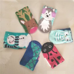 Wholesale Beautiful Socks - Warm Fuzzy Ship Socks Beautiful Bow Design for Ladies Winter Sock Lovely animal Women towel Sock Silicone non-slip floor socks free shipping