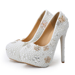Wholesale Diamond Pearl Crystal Heels - Luxury Handmade Crystal Pearl Wedding Shoes White Pearl Bride Dress Shoes with Diamond Coming-of-Age Ceremony Party Pumps