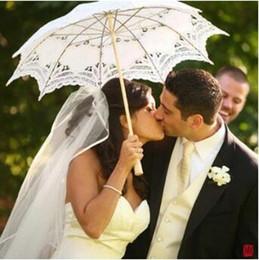Wholesale Embroidery Umbrella - Long Handle Handmade Art Wedding Scallop Edge Embroidery Lace Wedding Umbrella Parasol Romantic Bridal Photograph Umbrellas CCA7360 10pcs