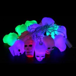 2019 luci stringa del cranio Orribile Halloween Ghost Skull Head LED luce stringa 16 lampadine decorative zucche all'ingrosso novità luce per vacanza decorativa luce del partito sconti luci stringa del cranio