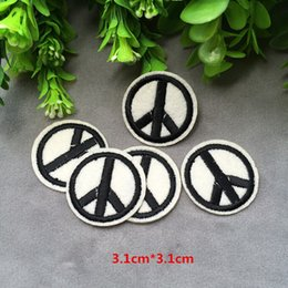 Wholesale Woven Patches Wholesale - Free shipping new 3.1cm * 3.1CM New fashion Logo Badge Iron on Patches of Stickers, Soccer team Woven Label Patch Wholesale, DIY Cloth Acces