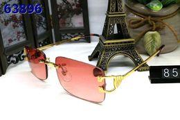 Rote randlose rahmen online-Randlose Sonnenbrille Mann und Frau Unisex Vintage mit Box Berühmte Dame UV400 Büffelhorn Brille blau braun rot Roségold Silber Metallrahmen