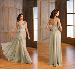 Wholesale Jasmine Mother Bride Dresses - Jasmine 2017 Chiffon Backless Mother of the Bride Dresses Lace V Neck Pleated Zipper Long Plus Size Wedding Guests' Mother of Groom Gowns