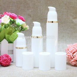 Wholesale Gold Cosmetics Skin Care - 30ml Empty White Airless Lotion Pump Plastic Container Travel Cosmetic Skin Care Refillable Bottle With Gold Line 10pcs lot