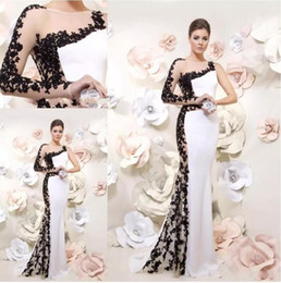 Wholesale Unique Dress Straps - Fashion Black Lace And White One shoulder with Long Sleeve Prom dresses Unique Designer Cheap Applique Long Evening party Formal Dress