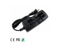 Cargador de una sola batería con cable de 18650 EE. UU. Para todas las baterías recargables 18650 para cigarrillos electrónicos desde fabricantes