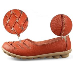 Cross Straps Women 39 s Zapatos planos Artificial Leather Causal Drive Shoes Sandalias de verano de primavera sandalias Slip-on White Zapatos de trabajo de enfermera desde fabricantes