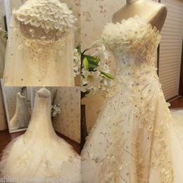 Wholesale Gothic Veil - A line band made flower beaded organza with veils strapless Crystavintage wedding dresses Arabic wedding dress plus size modest berta gothic