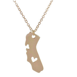 Wholesale Wholesale State Shaped Necklaces - 2016 New Chain Necklace A Heart In California State Pendant Personalized CA State Shaped Necklaces Men Women Jewelry Wholesale And Retail