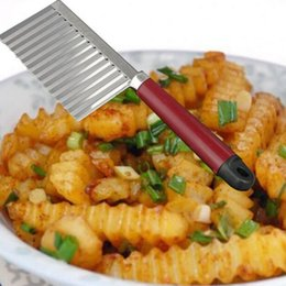 Пластиковые картофелеуборочные машины онлайн-картофель волнистые краями нож из нержавеющей стали пластиковая ручка кухня гаджет овощной фрукты резки нож кулинария инструмент аксессуары
