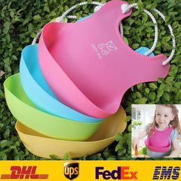 DHL Nuevo Bebé Bebés Niños Lindos Baberos Almuerzo Baberos Niños Recién Nacidos Impermeable Toalla Lavable Alimentar Eructo de Silicona 0-6T 4 Color ZJ-B04 desde fabricantes