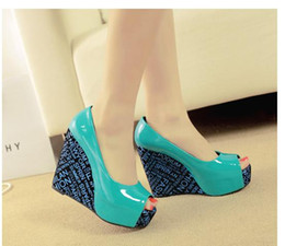 Wholesale Trendy Wedding Shoes - Trendy alphabet printed platform wedges blue black patent leather shoes multi colors big small size 30 to 41 42 43