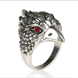 Wholesale hawk rings - Jewelry Vintage Silver Plated Alloy Wedding red black rhinestone eyes ring children Falcon eagle ring Vulture Hawk Rings For Women 2017 j230