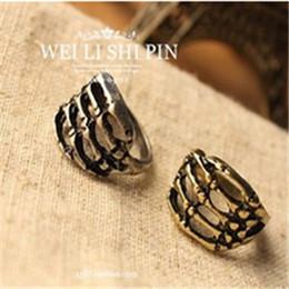 Wholesale Horn Bone Jewelry - Wholesale- nj54 European and American jewelry trade of the original single-retro punk skull ring claw hand bones