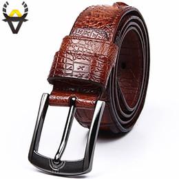 Mode Ceintures en cuir véritable hommes large Designer crocodile ceintures  pour hommes Ceinture de luxe véritable peau de vache homme pour Jeans  ceinture ... 86b4225ebd1