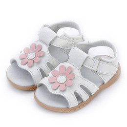 Wholesale Toddlers Girls White Flower Sandals - Classic Handmade Toddler Little Girls Sandals Genuine Leather Sun Flower Open Toed Beathable Soft TPR Sole Anti-slip Anti-friction