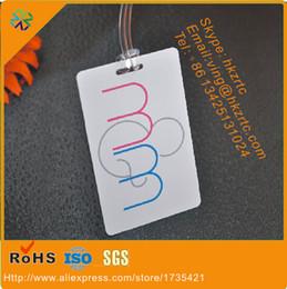 nouveau produit plastique pvc matériau noir haute-co bande magnétique panneau numéro d'argent en relief carte de membre ? partir de fabricateur