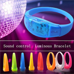 Wholesale music activated - Music Activated Sound Control Led Flashing Bracelet Light Up Bangle Wristband Club Party Bar Cheer Luminous Hand Ring Glow Stick Night Light