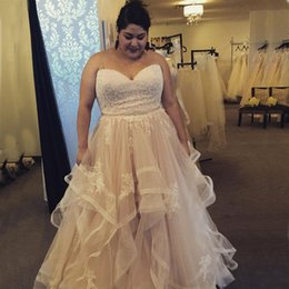 Wholesale Plus Sizes Skirts - Stunning Champagne Wedding Dress Plus Size Wedding Dresses Lace Top Sweetheart Sleeveless Ruffles Tulle Skirt Appliques Bridal Gown