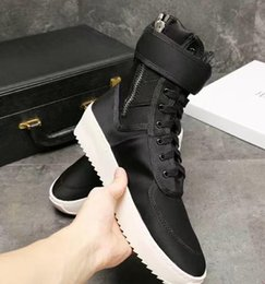 Wholesale High Sole Motorcycle Boots - Black white sole FREE SHIPPING Fear of God Shoes Owen Winter Shoes Men Justin Bieber Brand Men Boots FOG Boots Men High Street Boots