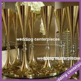 mesa de noiva contornando Desconto não incluindo flor) melhor venda de candelabros de ouro de casamento de 70 cm à venda