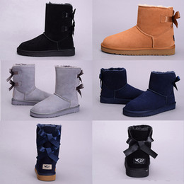 Wholesale fur feathers - 2017 High Quality New WGG Women's Australia Classic kneel Boots Ankle boots Black Grey chestnut navy blue Women girl boots US 5--10