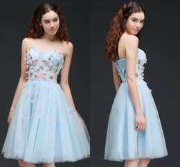 Wholesale Strapless Floral Mini Dress - 2018 New Light Sky Blue Strapless Tulle Short Homecoming Dresses 3D Floral Appliques Sleeveless Mini Girls Cocktail Party Gowns CPS659