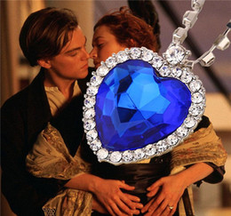 Wholesale pendant titanic - Crystal chain The Heart Of The Ocean Necklace luxurious heart diamond pendants Titanic necklaces for women movie statement jewelry 17112904