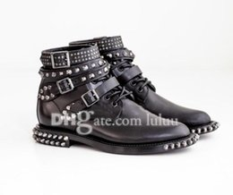 Wholesale Gingham Buttons - Womens Motorcycle Biker Shoes Leather Women Boots Bordered Rivets Soft Leather Winter Fashion High Quality Women Flat Snow Rivet Ankle Boots