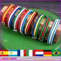 pendentif ovale plaqué or en gros Promotion Jeux Olympiques Coupe du Monde Fans National Drapeaux Sports 3 Cordes Corde Surfer Bracelets en Cuir Bracelets Homme