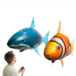 Wholesale Balloon Clown - IR RC Air Swimmer Shark Clownfish Flying Air Swimmers Inflatable Assembly Swimming Clown Fish Remote Control Blimp Balloon CCA8089 10pcs