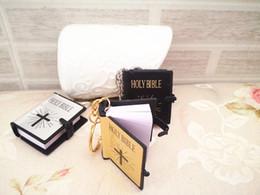 Wholesale Bible Black - New Mini Bible Keychain English HOLY BIBLE Religious Christian Jesus Gold Black Colors Wholesale