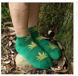 Wholesale Cotton Socks Bulk - 30 pairs Unisex High Cut Socks Women Men's Cotton Sockings with Leaf Unisex Free size High Cut Sockings Bulk