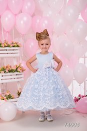 Wholesale Light Blue Dresses For Weddings - 2016 Light Sky Blue Tulle New Arrival Lovely Princess Ball Gown Tutu Lace Sleeves Flower Girl's Dresses For Wedding Party