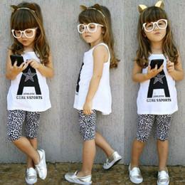 pantalon bébé fille Promotion Free DHL bébé filles vêtements d'été 2 pcs costumes lettres A Imprimer gilet sans manches Tops léopard demi pantalon tenues ensemble vêtements